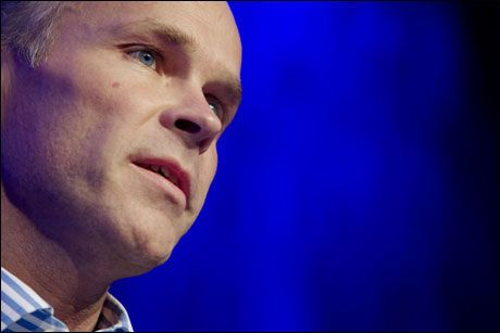 KREVER SVAR: Høyres finanspolitiske talsmann Jan Tore Sanner, vil ha svar fra finansministeren i morgen. Foto: Scanpix