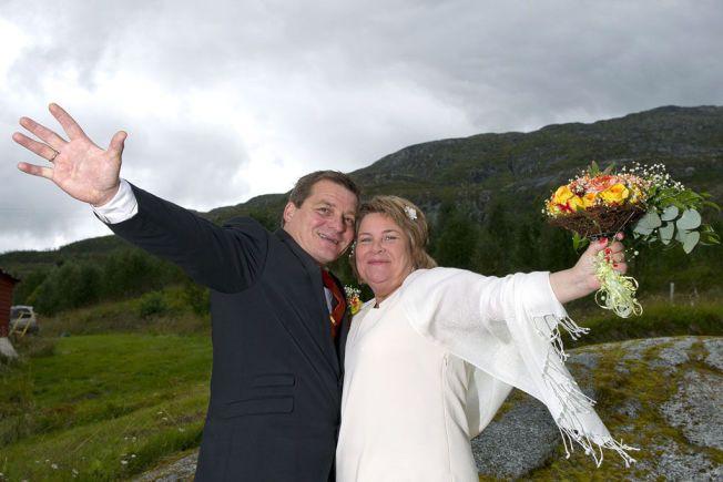NYGIFTE: Anita Solli Olsen og Terje Hugo Olsen er foreldrene til Ingvar og de giftet seg i fjor.