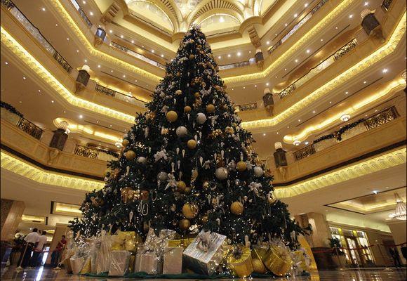 - Dette er verdens dyreste juletre