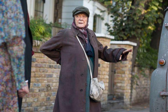 NOMINERT: «Downton Abbey»-stjernen Maggie Smith er Golden Globe nominert for sin rolle som Miss Shepherd i «The Lady in the Van».