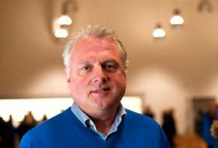 VIL HJELPE: Lærdal-ordfører Jan Geir Solheim har selv tatt initiativ til å opprette et asylmottak i kommunen. Flyktningkrisen har gitt ham dårlig samvittighet. – Det kommer noen og banker på døra vår, og de må vi behandle med respekt. Slik ser jeg det, sier han.