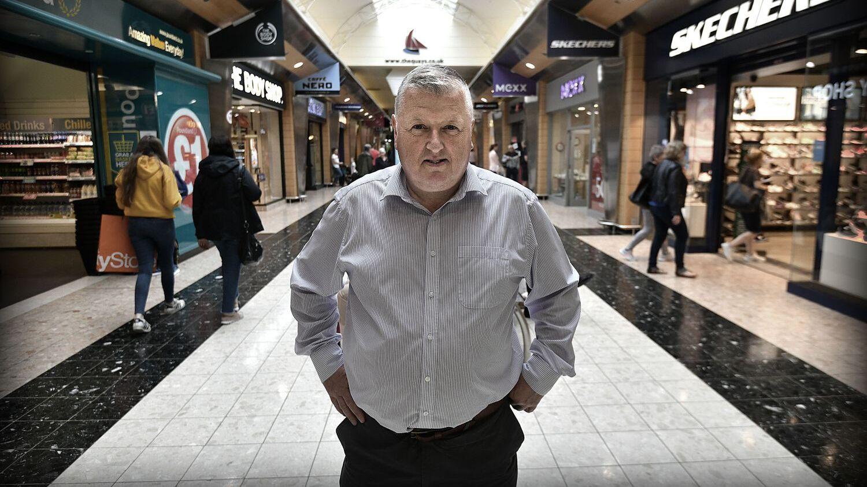 SJEF: Cathal Austin driver et kjøpesenter i Newry og har mange kunder fra Irland.