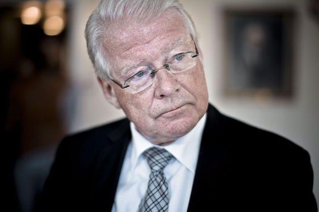 FORBANNET: Carl I. Hagen mener Erna Solberg svikter sin regjeringspartner Frp.