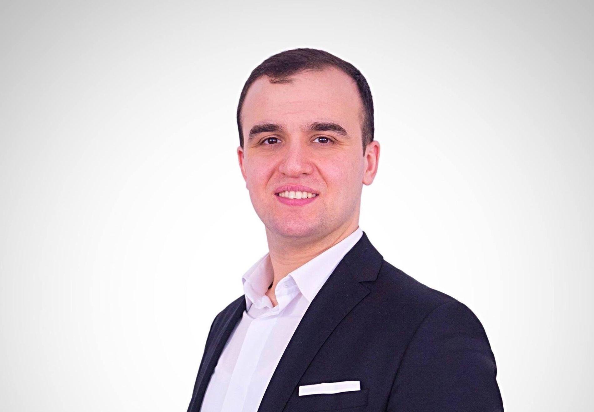 KONSERNLEDER: Fatih Mehmet Deveci er konsernleder i Norlights Education og sier til VG at skolene konsernet driver ikke er en del av Gülen-bevegelsen, men at initiativtagerne er «inspirert av Gülens budskap om utdanning».