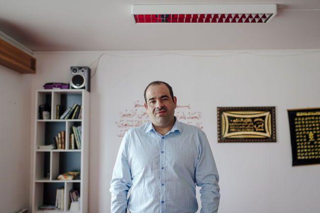 TAR AVSTAND: Hos trossamfunnet i Levanger ville de tre lokale konvertittene som sluttet seg til IS fått rettledning i sin nye tro, forteller leder Ali Nameer Hussein fra Irak. De så aldri noe til dem.