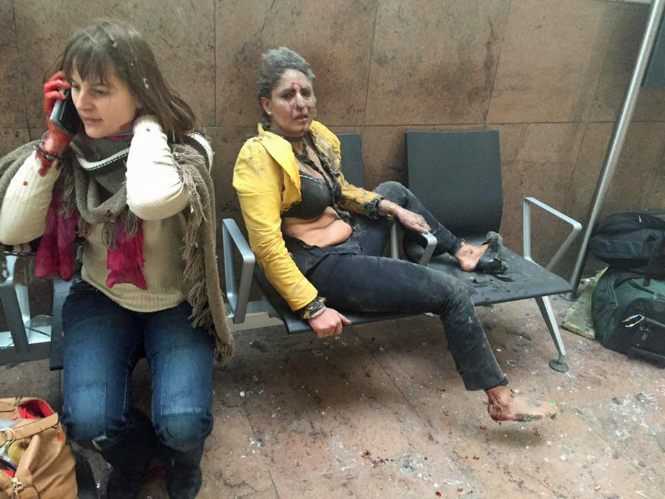 OVERLEVDE: Disse to kvinnene ble rammet av selvmordsbomben på flyplassen.