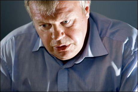 OVERSENDER ORIENTERING: Bjarne Håkon Hanssen Hanssen skal ifølge eget utsagn oversende sin orientering i løpet av mandag. Foto: ROBERT S. EIK