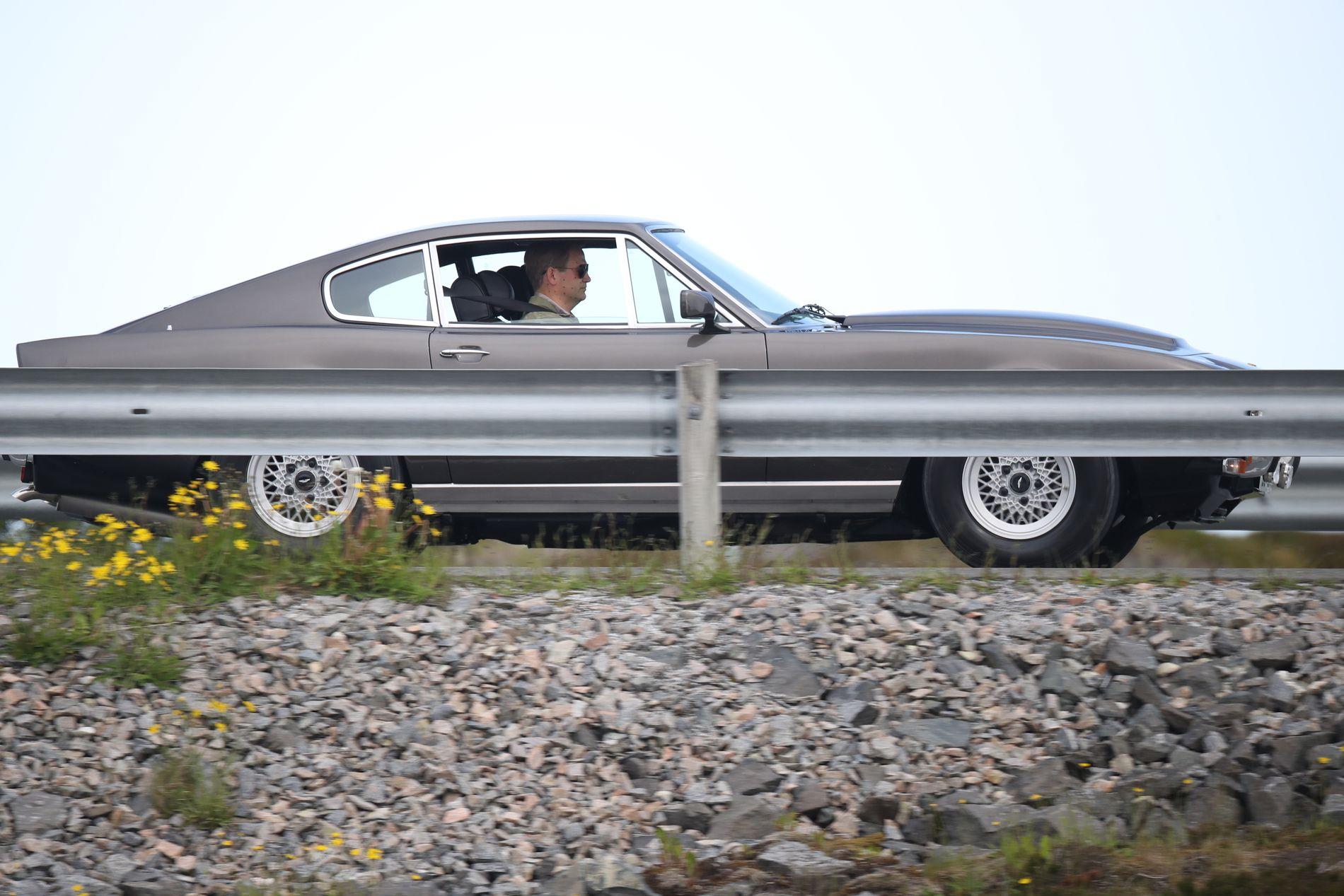 RETROPREG: James Bond-ekspert Morten Steingrimsen mener denne bilen indikerer at de vil flørte med Bond-fortiden i den nye filmen.