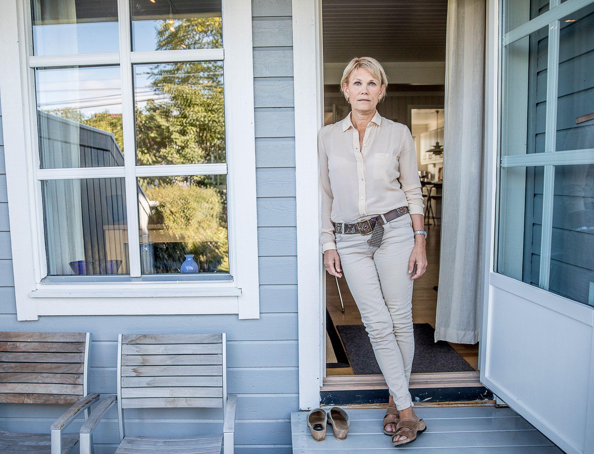 STORT SJOKK: – Det største sjokket etter diagnosen var at faren min døde av den samme sykdommen da han var 49 år gammel, forklarer Ann Kristin Hageløkken, som lever med benmargskreft.