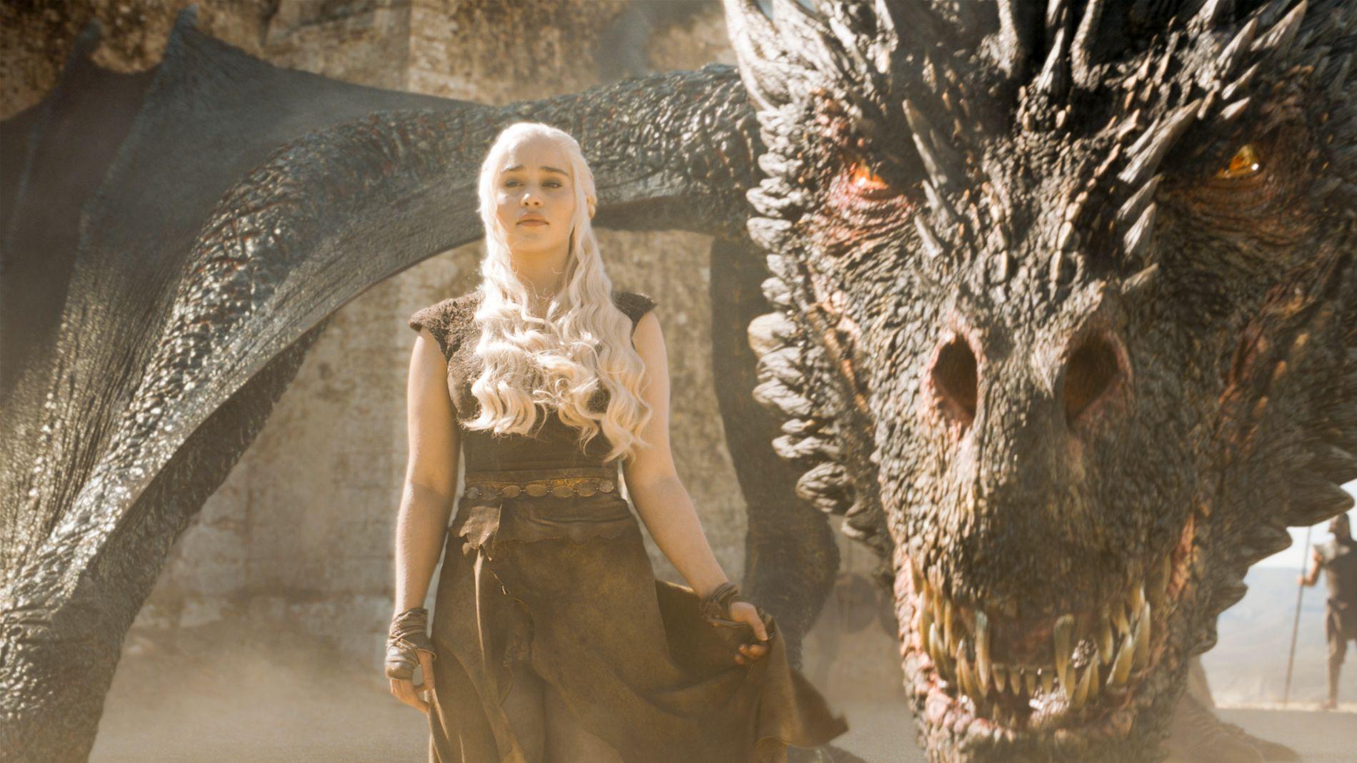 PÅ VEI TIL WESTEROS: Emilia Clarke som Danaerys Targaryen. Foto: HBO