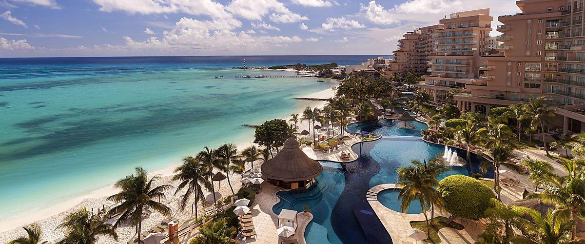 HER VAR DE I 2016: På Hotel Fiesta Americana Grand Coral Beach Resort & Spa i Cancun, i Mexico, ble den 50. skikongressen avholdt i 2016.