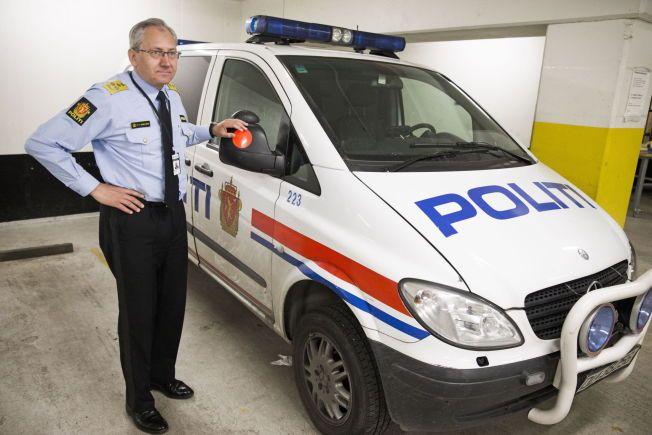RYKKER UT: Nå lover politidirektør Odd Reidar Humlegård at politiet skal være på plass innen 10 minutter der det bor 20 000 eller flere innbyggere - og når det virkelig står omn livet.