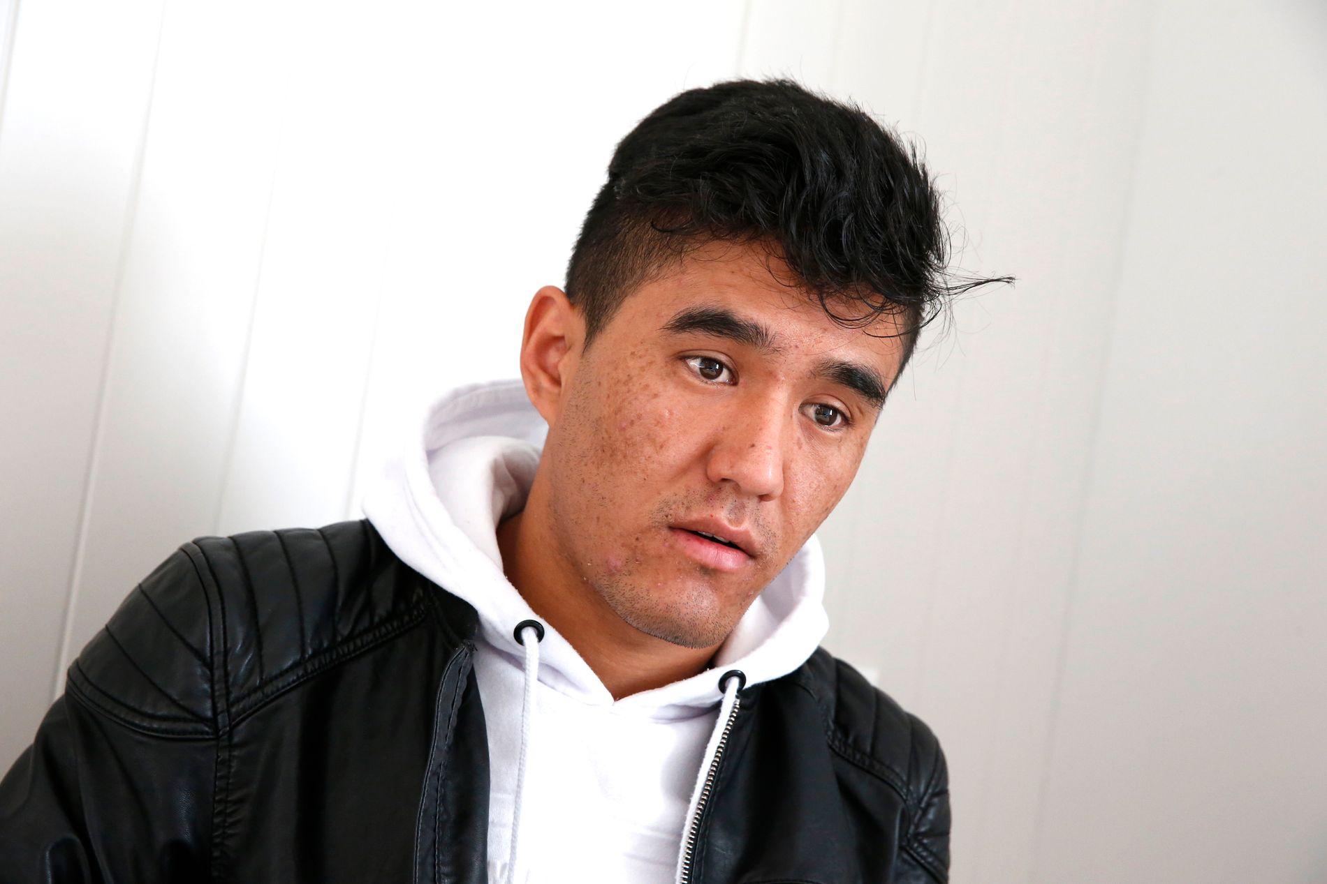 MED TVANG: Mustafa hadde som mange unge afghanere bare opphold i Norge til han fylte 18 år. Nå sitter han på Politiets utlendingsinternat, fordi politiet ønsker å tvangsreturnere ham.