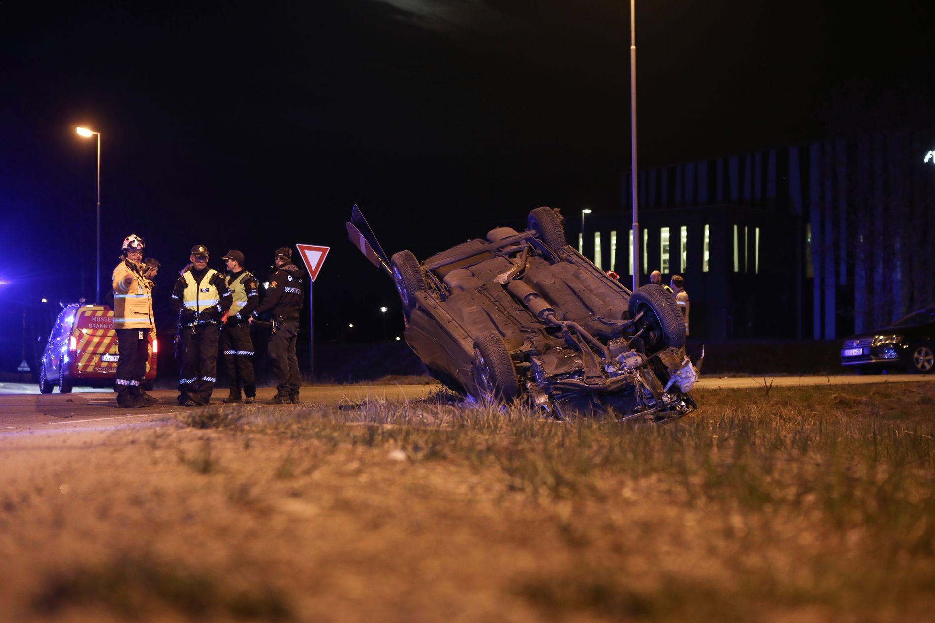 OMKOM: En mann i 20-årene omkom i ulykken ved Moss natt til søndag.