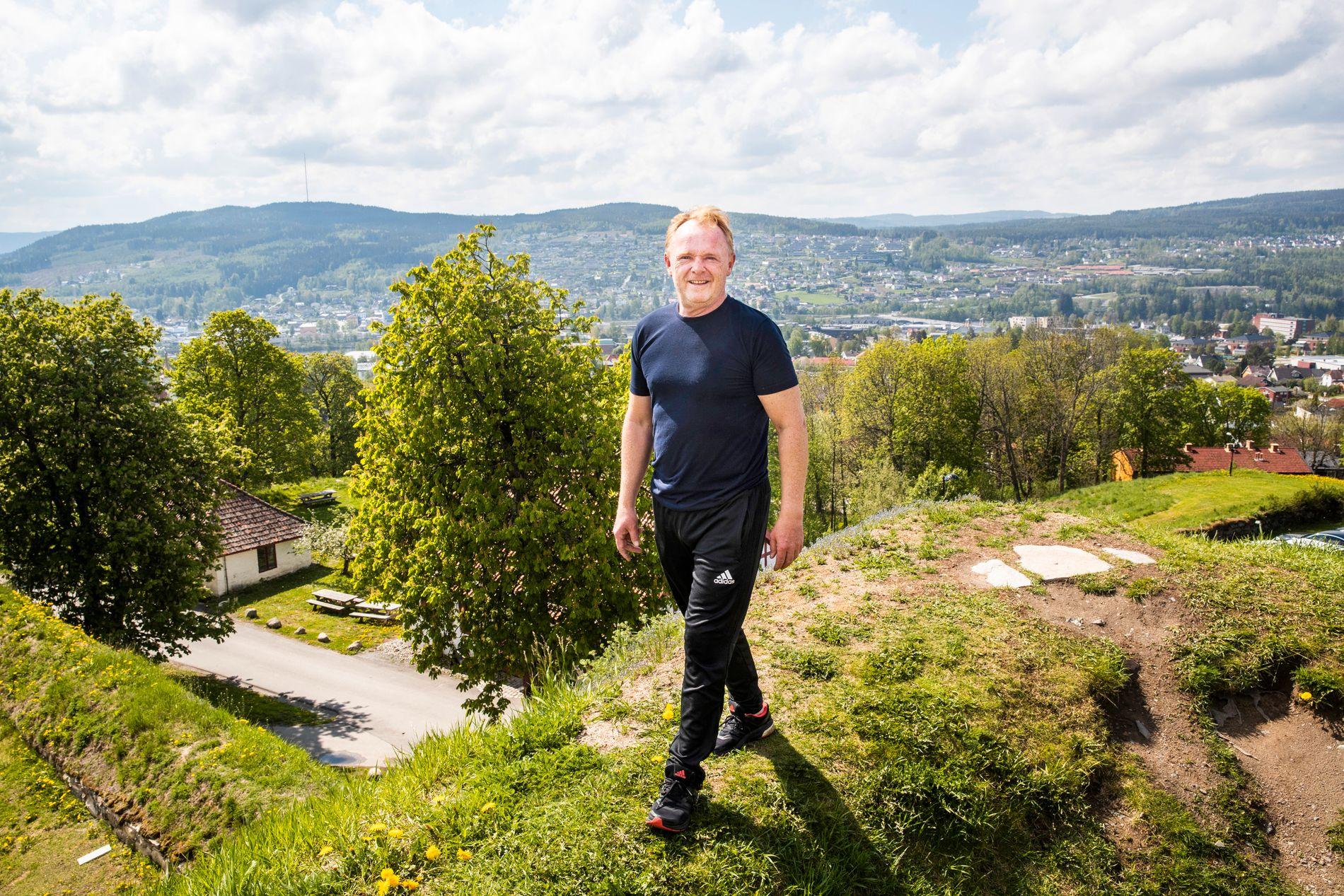STILLE FØR STORMEN: Per Sandberg befinner seg i disse dager innelukket på en gård i Finnskogen.