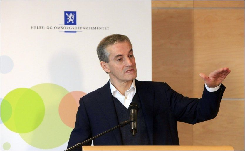 VIL TIL KAMP MOT FEDME: Helse- og omsorgsminister Jonas Gahr Støre. Foto: NTB scanpix