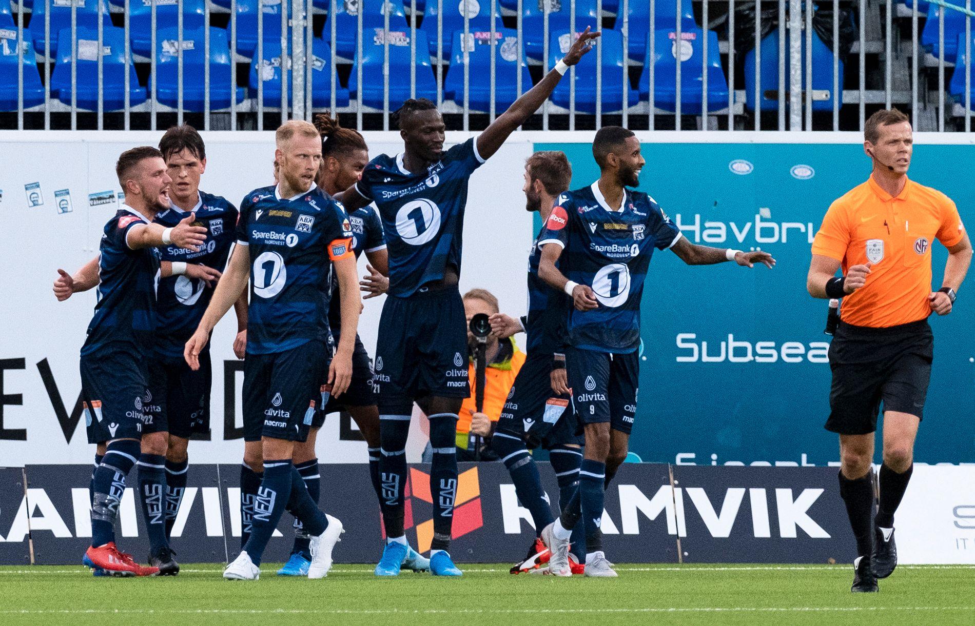 FLYTSONEN: Kristiansund var i god form før landslagspausen. Her fra kampen mot Mjøndalen som de vant 4–0.