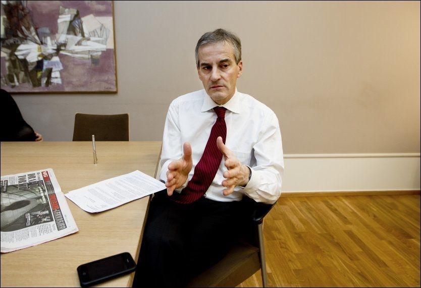 SNAKKET MED HAMAS: Utenriksminister Jonas Gahr Støre (Ap) innrømmer at han har hatt direkte samtaler med Hamas, en organisasjon som av USA karakteriseres som en terrororganisasjon. Foto: Roger Neumann