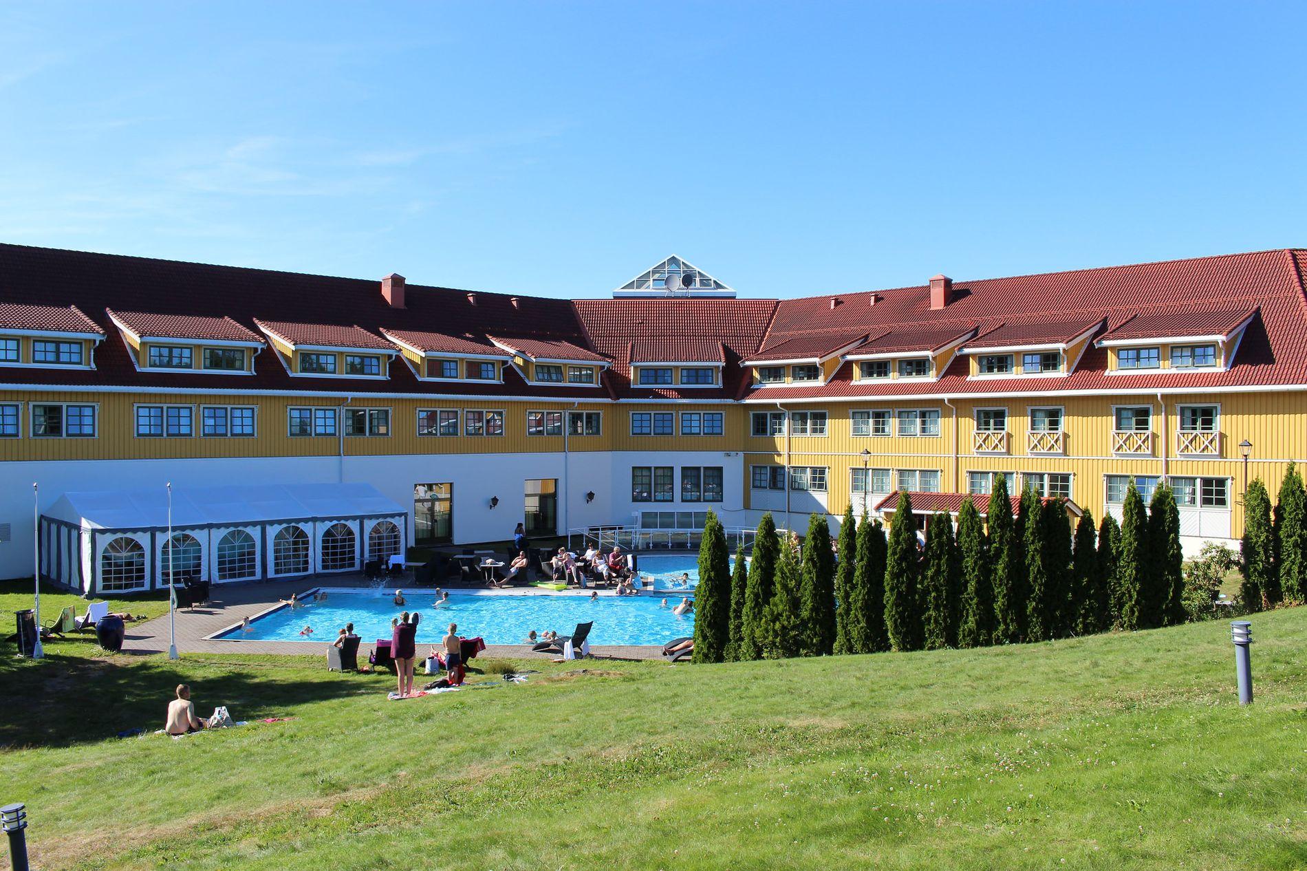 HOTELL FOR DE BADEGLADE: Scandic hotell Sørlandet ligger nært den populære Dyreparken, og har oppvarmet basseng til badeglade gjester.