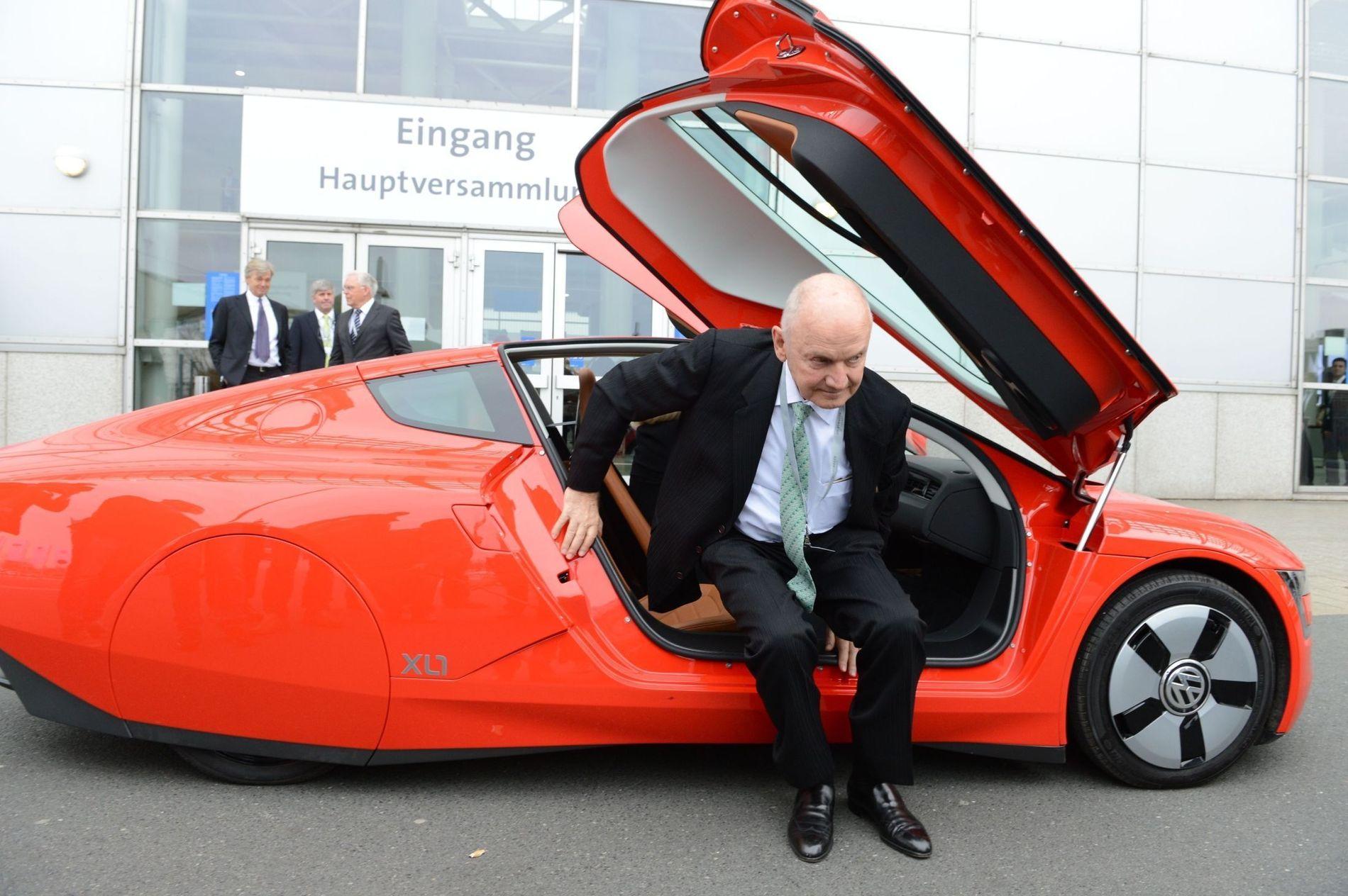 HARD NEGL: Den omstridte og kompromissløse Ferdinand Piech, etterkommer av selveste Ferdinand Porsche, røk i tottene med Martin Winterkorn i vår.