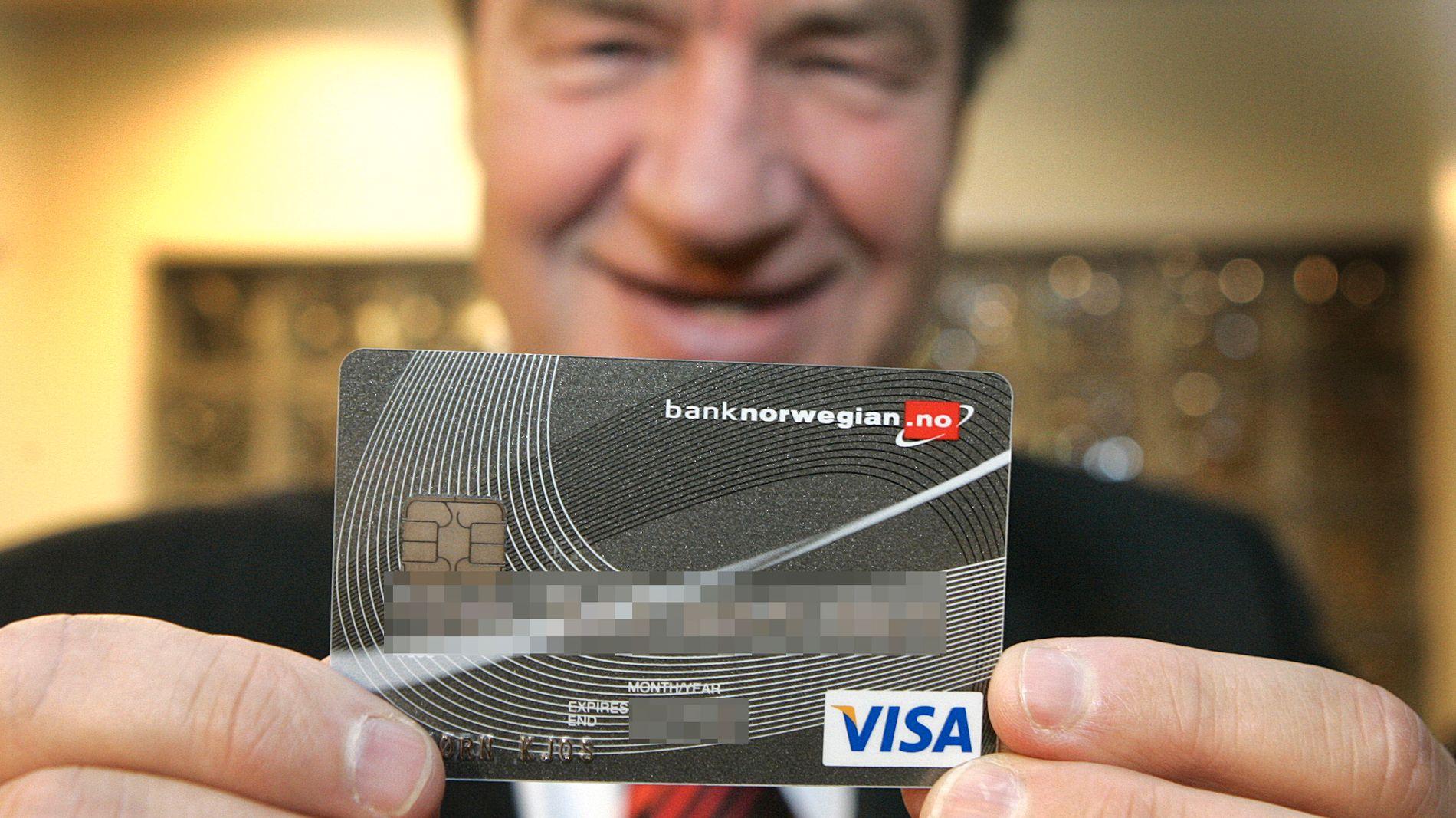 BREDT GLIS: Konsernsjef i Norwegian, Bjørn Kjos, kan registrere eventyrlig vekst i Bank Norwegian.