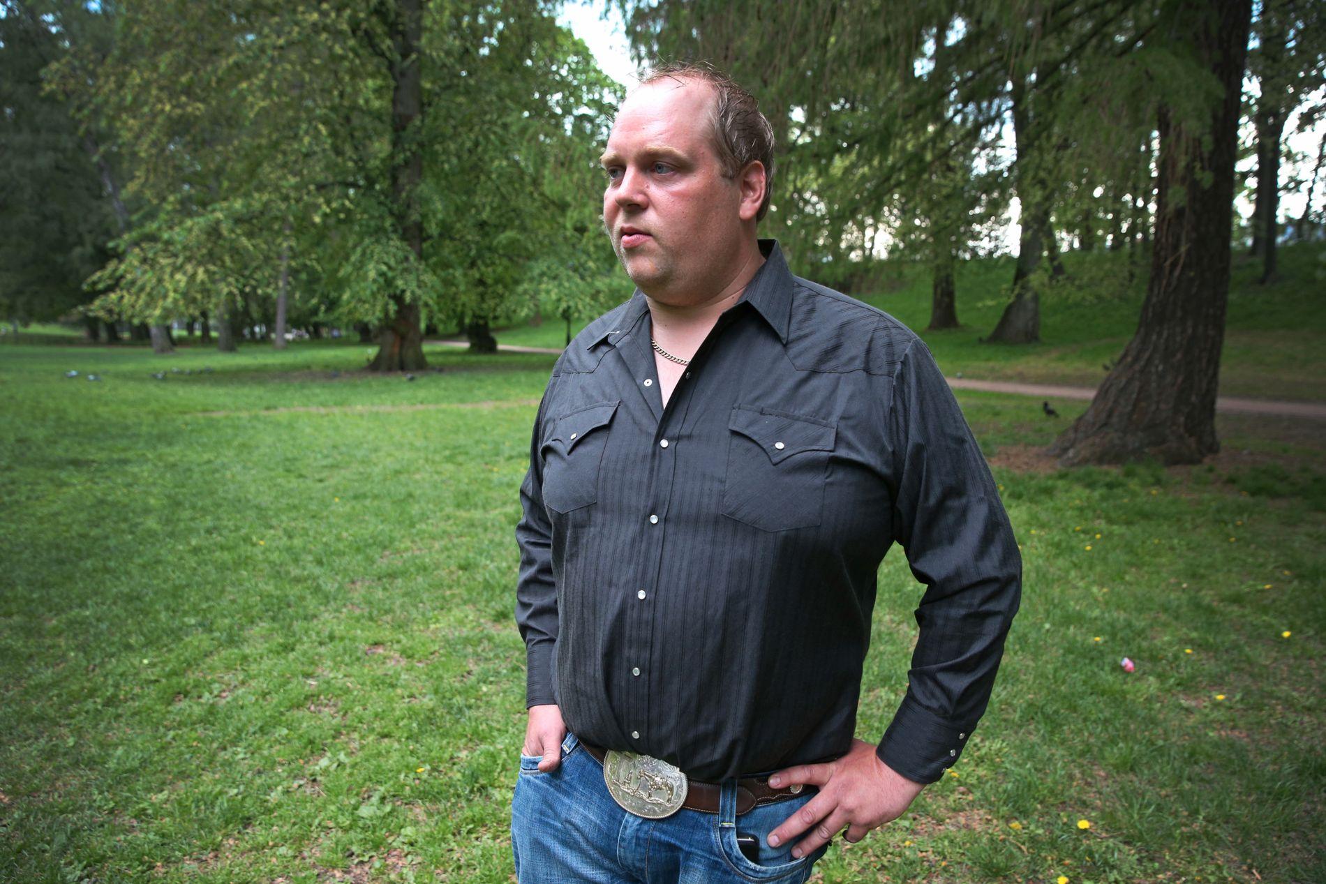 BONDE: Pelsdyrbonden Per Olaf Lauvås er fornøyd med at politiet har gjenopptatt saken.