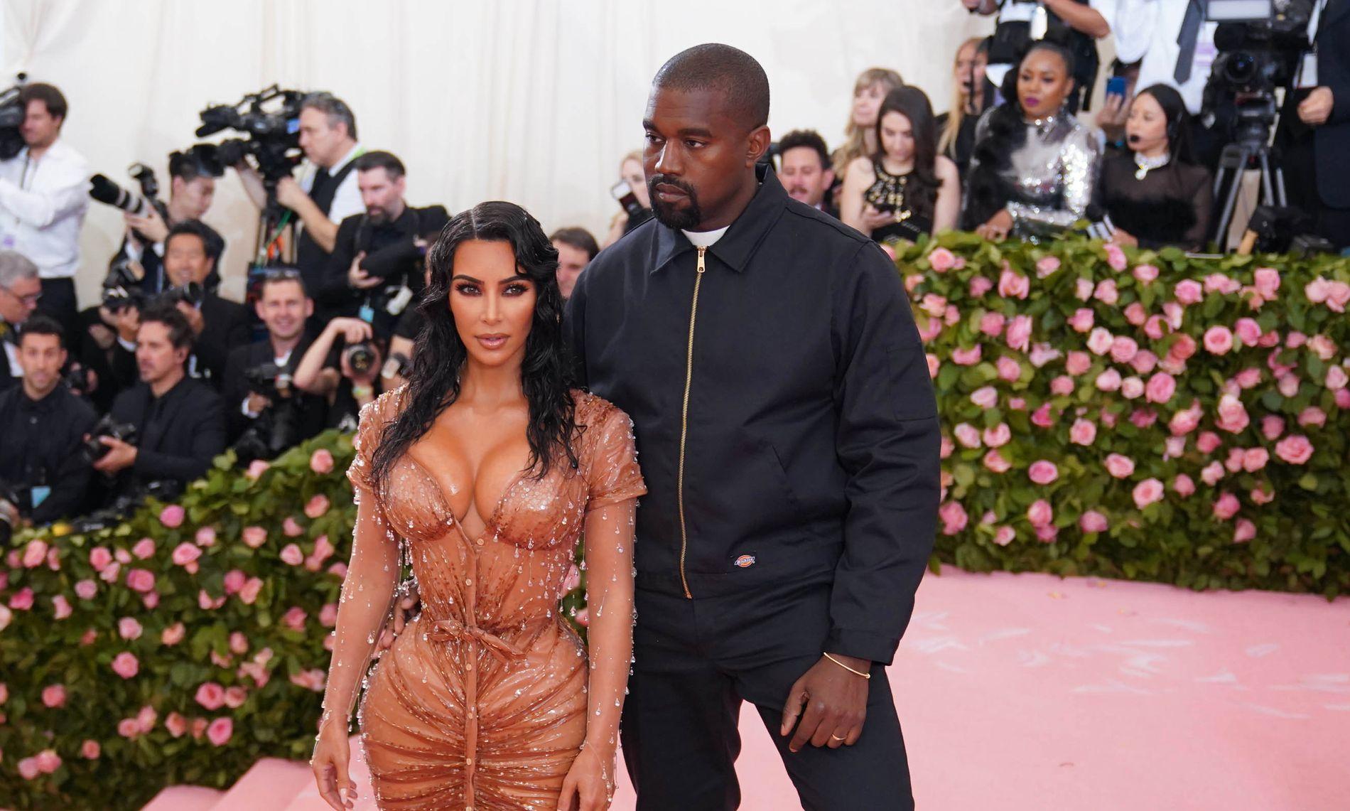 FORELDRE IGJEN: 10. mai fikk stjerneparet Kim Kardashian West og Kanye West sitt fjerde barn.