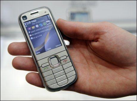 SPRER SEG: Stadig flere Nokia-mobiler infiseres av det aggressive virusprogrammet «Sexy Space». Foto: Scanpix