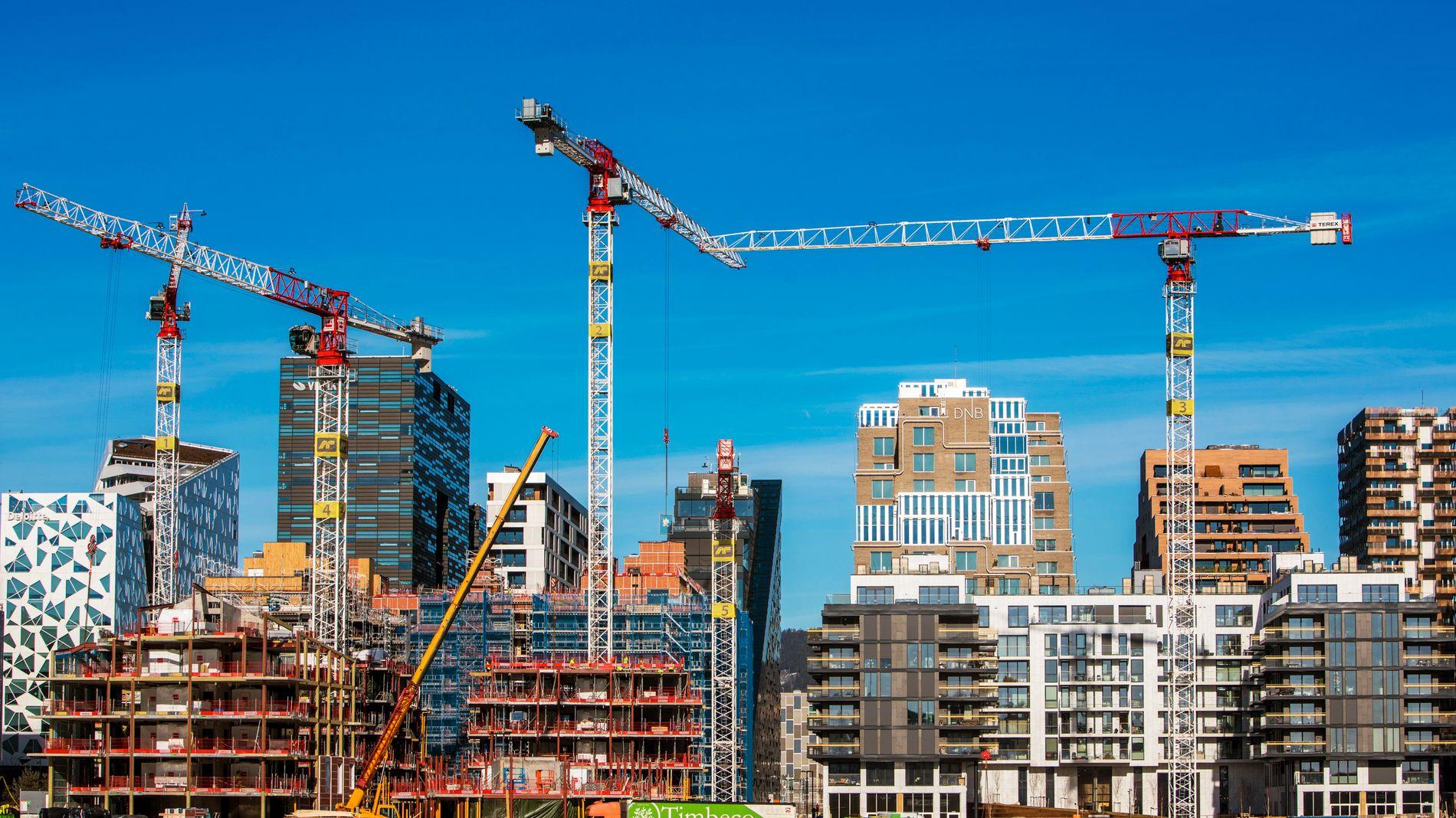 LEILIGHETSNORMEN: Høyre vil endre leilighetsnormen slik at det kan bygges flere mindre leiligheter i Oslo, men får ikke flertall i bystyret. Bildet er fra Bjørvika. Foto: Ole Berg-Rusten / NTB scanpix