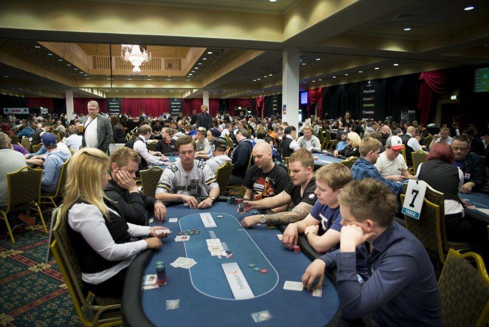 LOVLIG: Nå har regjeringen lovet å fjerne forbundet mot poker i Norge. Foto: Robert S. Eik