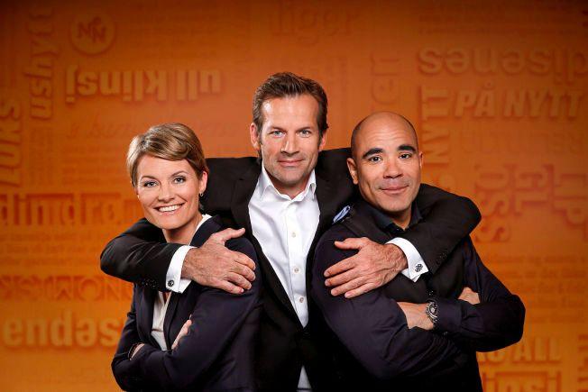 MEN ER DE BLÅ NOK? Pernille Sørensen, Jon Almaas og Johan Golden i «Nytt på nytt». Foto: NRK