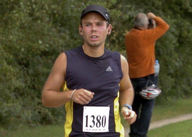 STENGTE COCKPIT: Andreas Lubitz styrtet ifølge franske etterforskere Germanwings-flyet i fjellsiden med overlegg. Her fra et maratonløpi Hamburg i 2009.