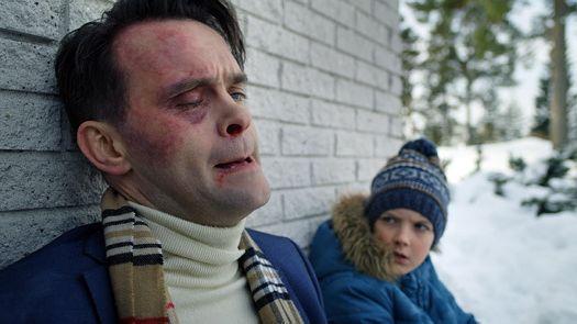 FANTASI: Vidar Magnussen som politietterforsker Magnusb Undredal og Charlie Hutton som Nikolai i «Magnus».