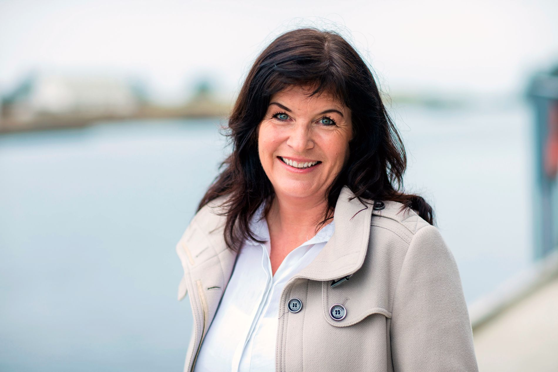 KRIM FRA HJEMSTEDET: Krimforfatter Agnes Lovise Matre fikk jevnt over gode kritikker for fjorårets «Skinnet bedrar». Nå er hun ute med «Iskald» - og hun tar oss med til Eidfjord, helt innerst i Hardangerfjorden.