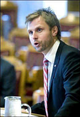 ROSER HØIE: Arbeiderpartiets Torgeir Micaelsen er enig i at det har blitt i overkant mange sykehuskrav. Foto: SCANPIX