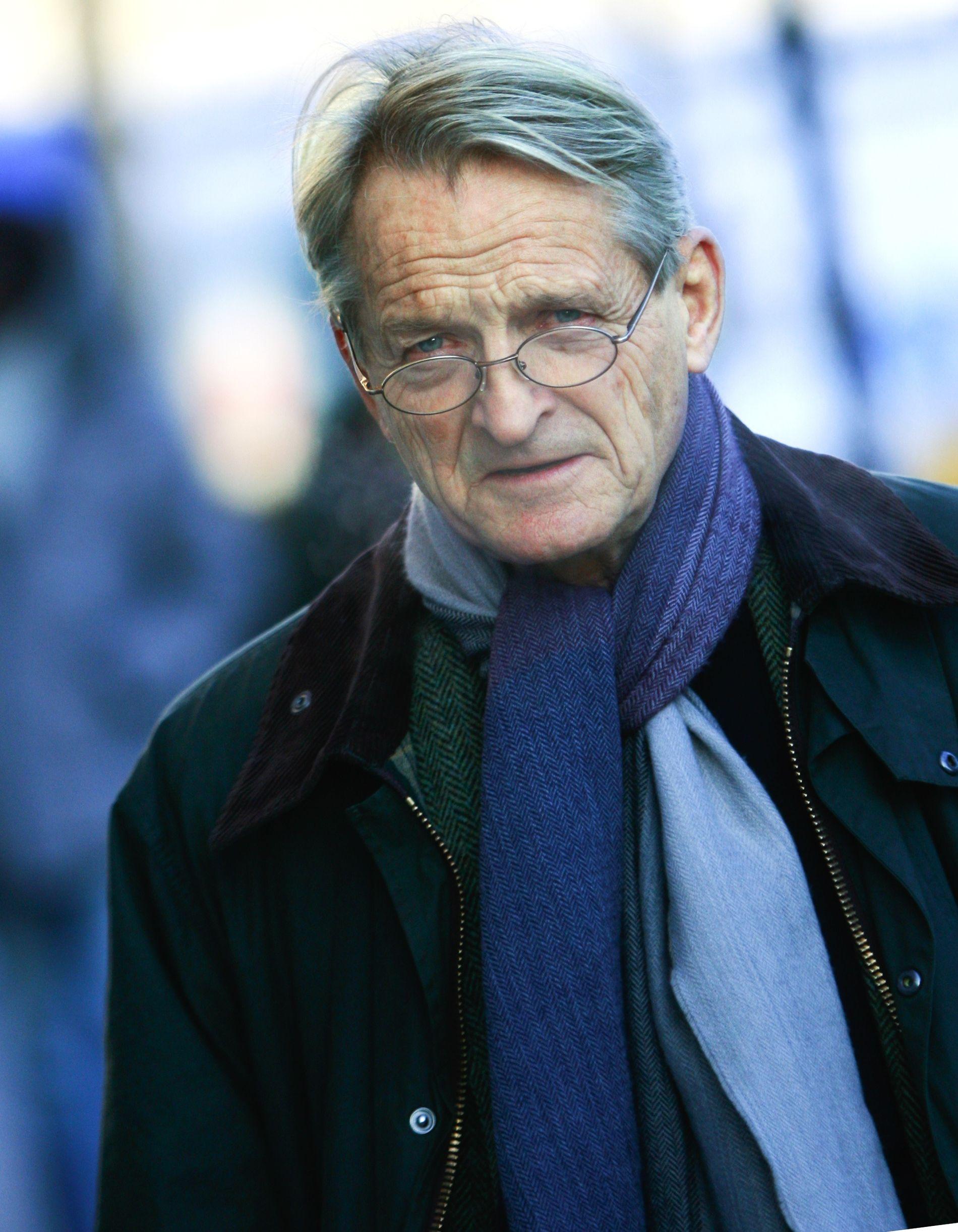 ADVOKAT: Ketil Lund er tidligere høyesterettsdommer.