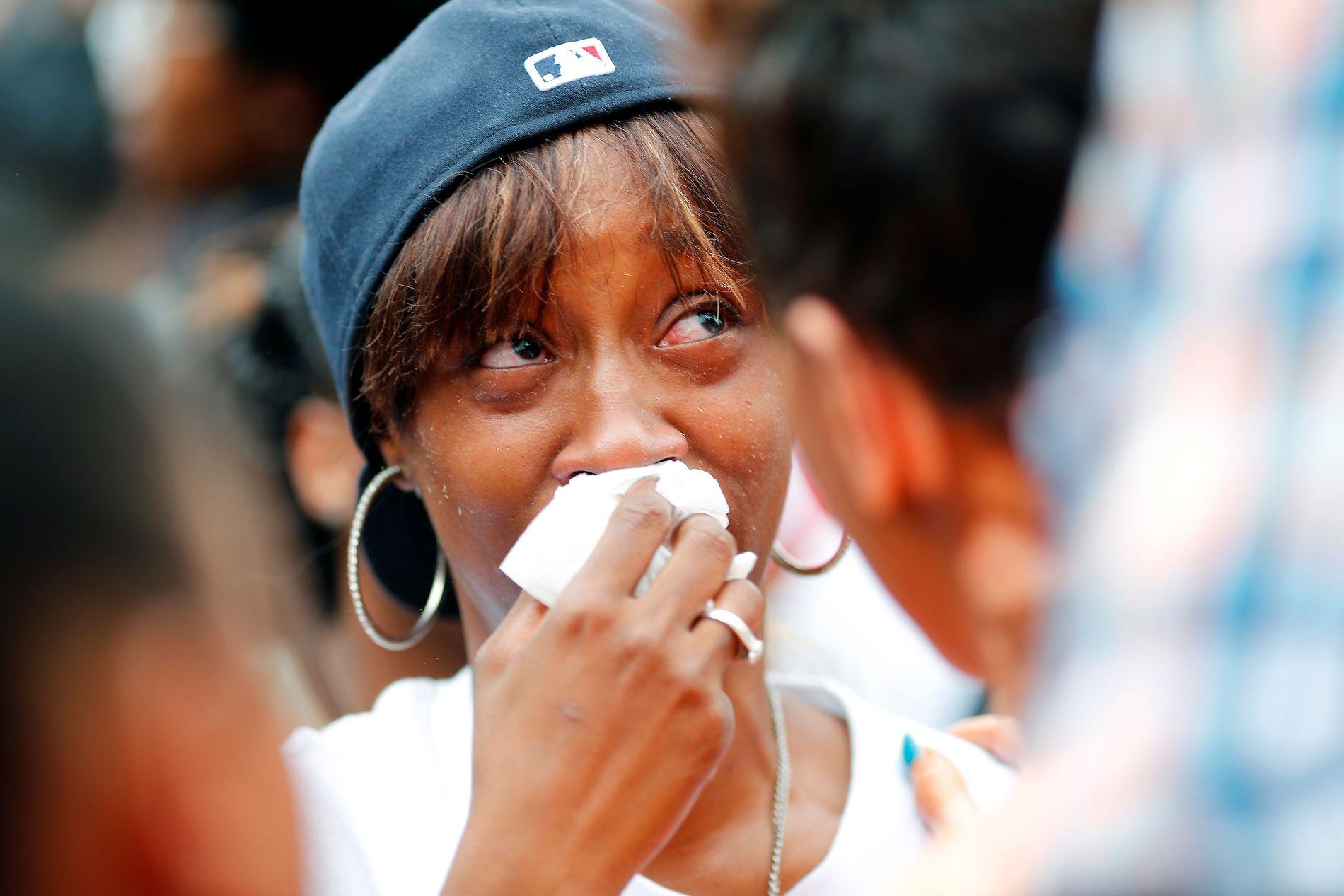 BER OM RETTFERDIGHET: Diamond Reynolds' forlovede Philando Castile ble skutt og drept av politiet i Minnesota denne uken. Nå sier hun til CNN at skytingen mot politi i Dallas ikke bare handler om denne ukens hendelser. Her er hun avbildet torsdag denne uken. Foto: REUTERS/Adam Bettcher