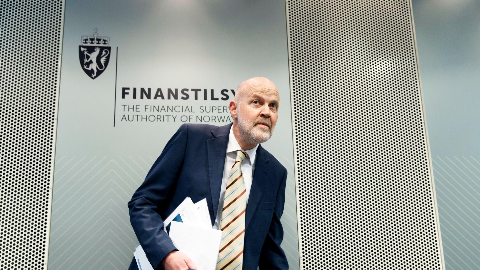 «UTILRÅDELIG»: Finanstilsynet har fattet vedtak om at 38 advokater ikke lengre for drive med eiendomsmegling grunnet lovbrudd. Her er tilsynsdirektør Morten Baltzersen.