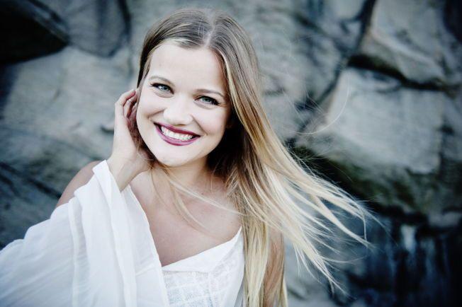 BREDT GLIS: Sandra Lyng har hatt mye å glede seg over både privat og profesjonelt den siste tiden.