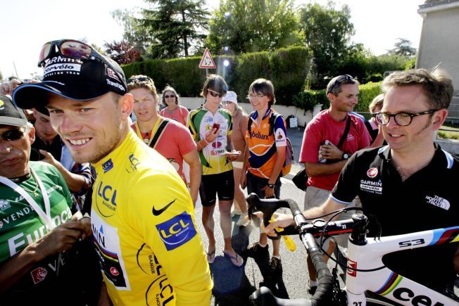 NÅDELØS: Thor Hushovd er nådeløs overfor Garmin-sjef Jonathan Vaughters (til høyre i bildet) i sin nye bok. Her er de to sammen under Tour de France i 2011.