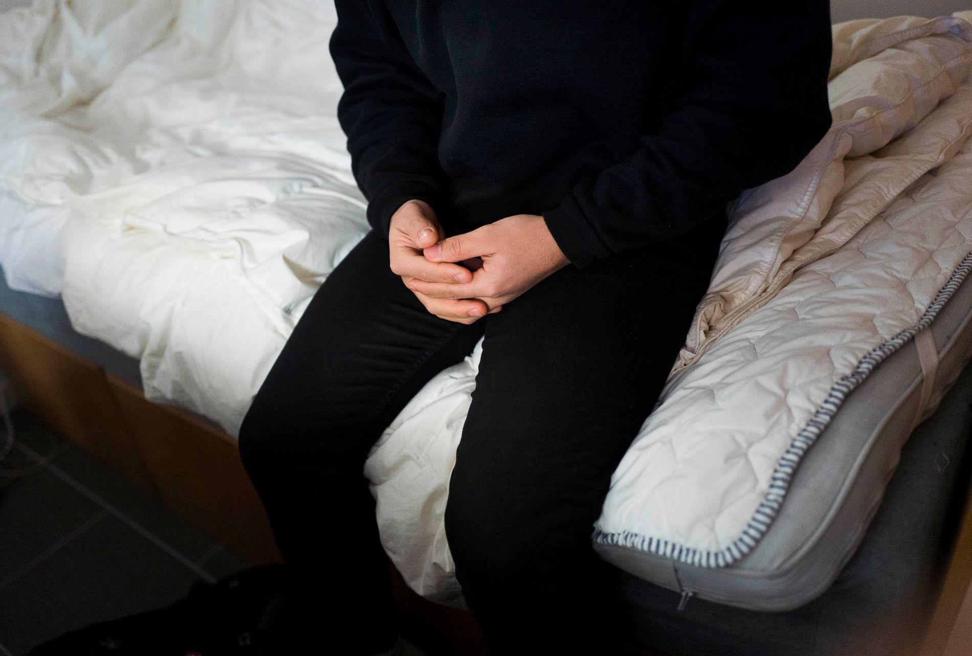 UTSATT: VG har dokumentert og fortalt historiene til flere mannlige asylsøkere som utsettes for sexpress.