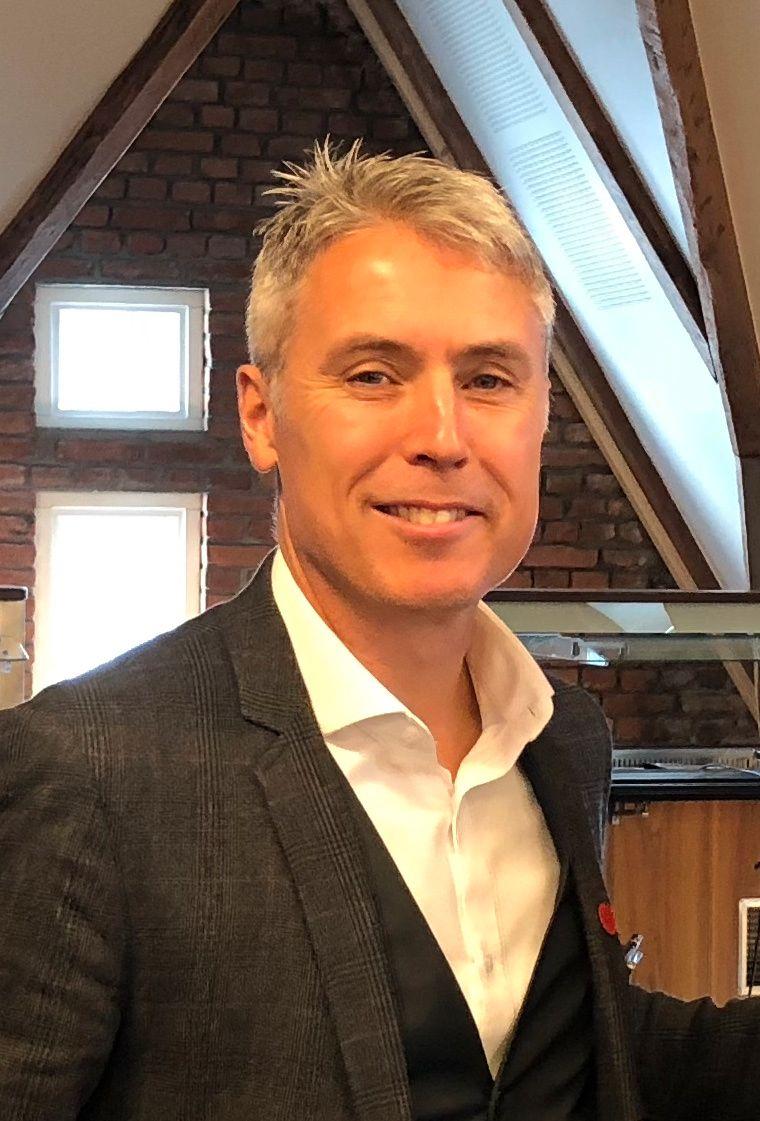 HJELPER FAMILIEN: Ed Brown er generalsekretær i misjons- og menneskerettighetsorganisasjonen Stefanusalliansen.