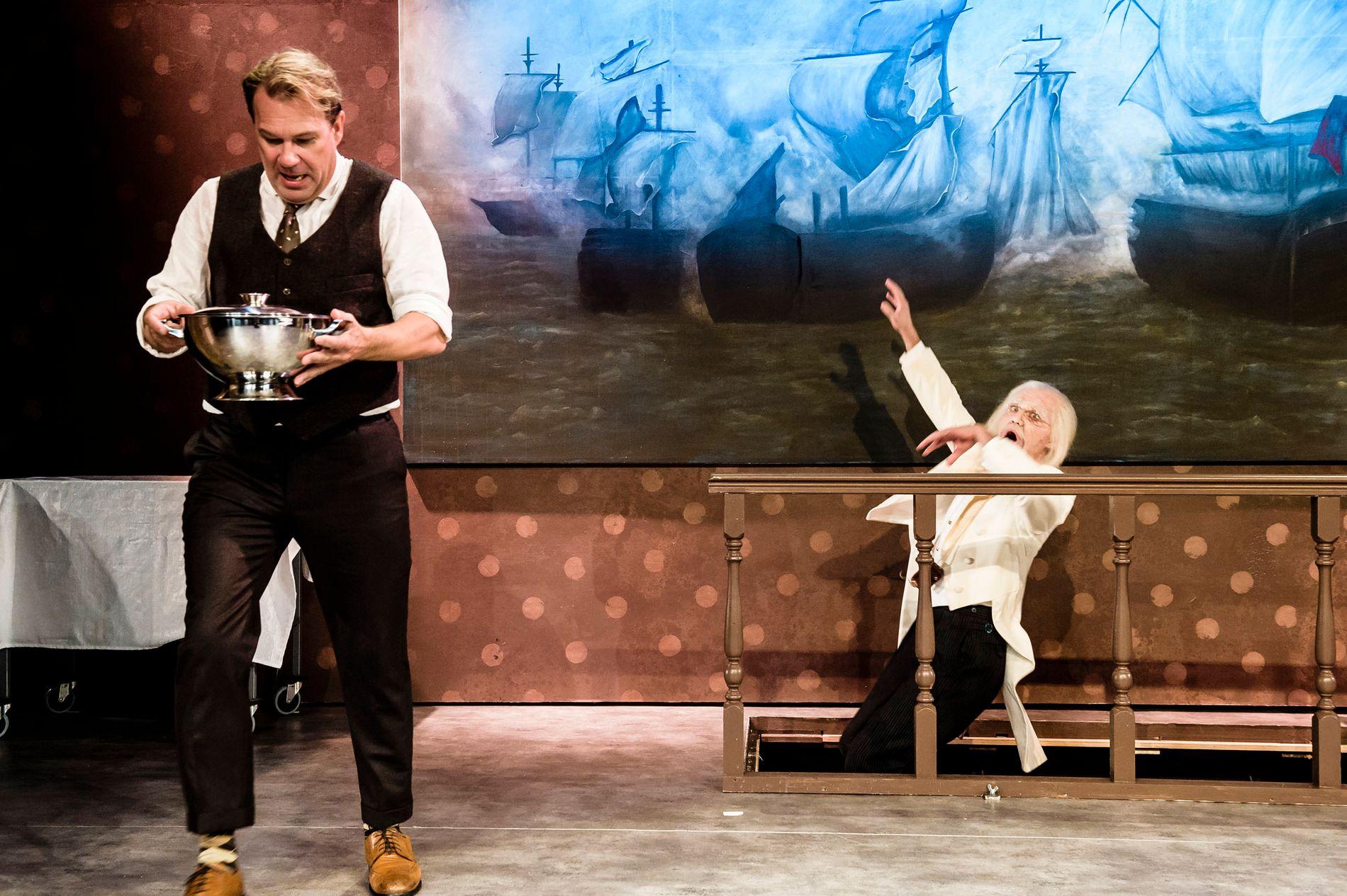 NY KOMEDIE: «En tjener for to herrer» hadde premiere på Oslo Nye Teater onsdag. Av VGs anmelder får forestillingen en firer på terningen.