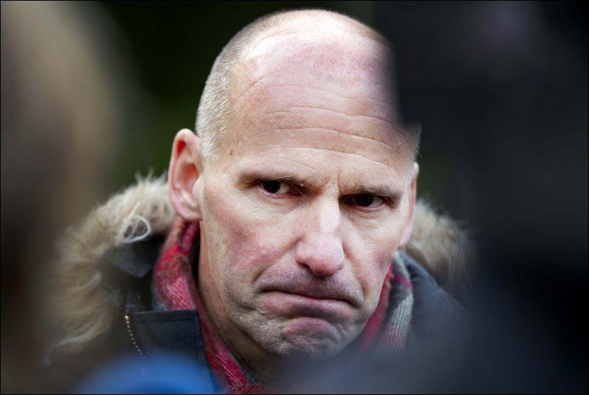 SKEPTISK: Advokat Geir Lippestad uttalte i forrige uke at han var skeptisk til at terrorsiktede Anders Behring Breivik skal forklare seg via videolink under neste fengslingsmøte i Oslo tingrett. Foto: SCANPIX