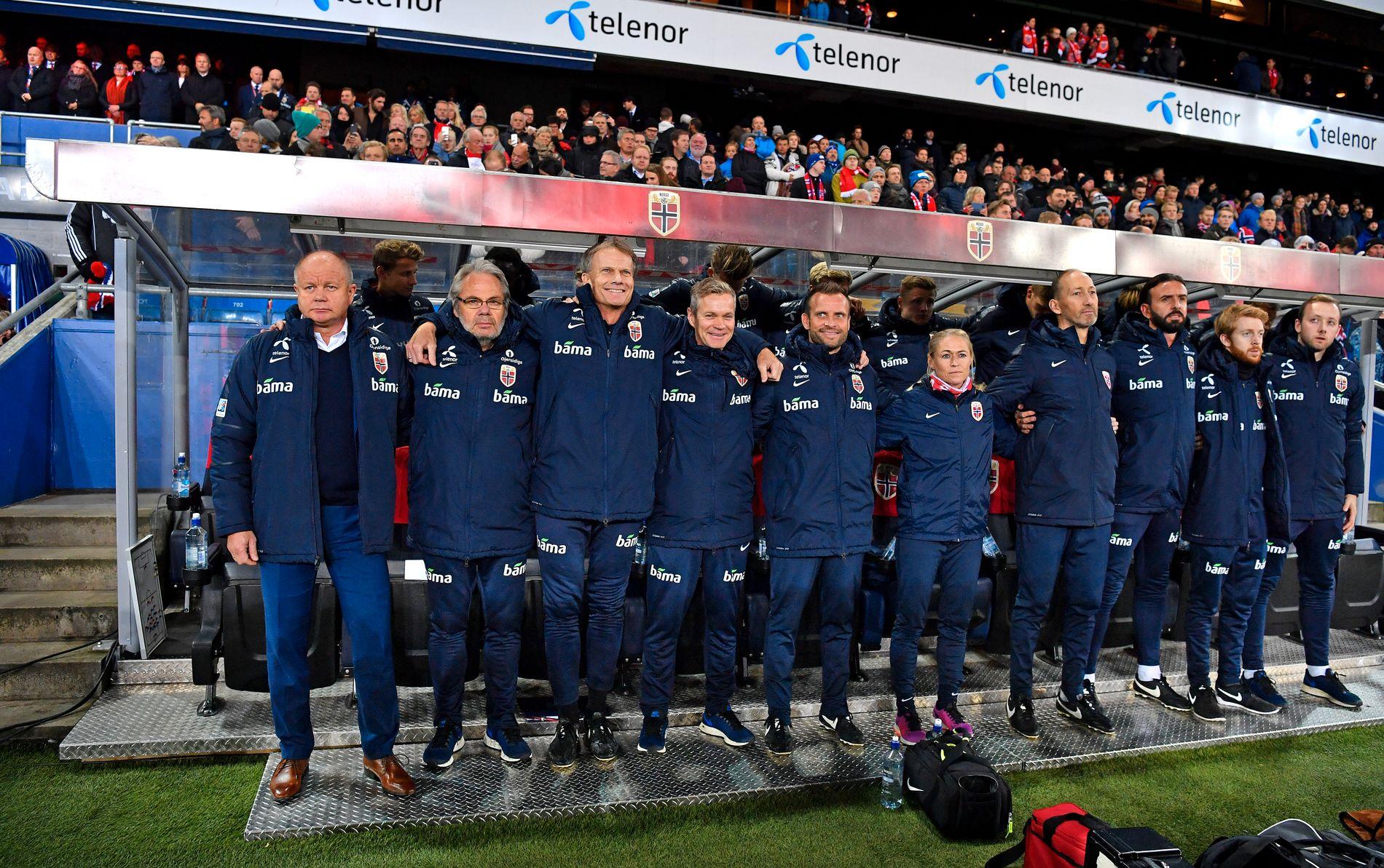 MANGE KOKKER: Per-Mathias Høgmo har hatt et stort støtteapparat, det har man også merket i regnskapene.