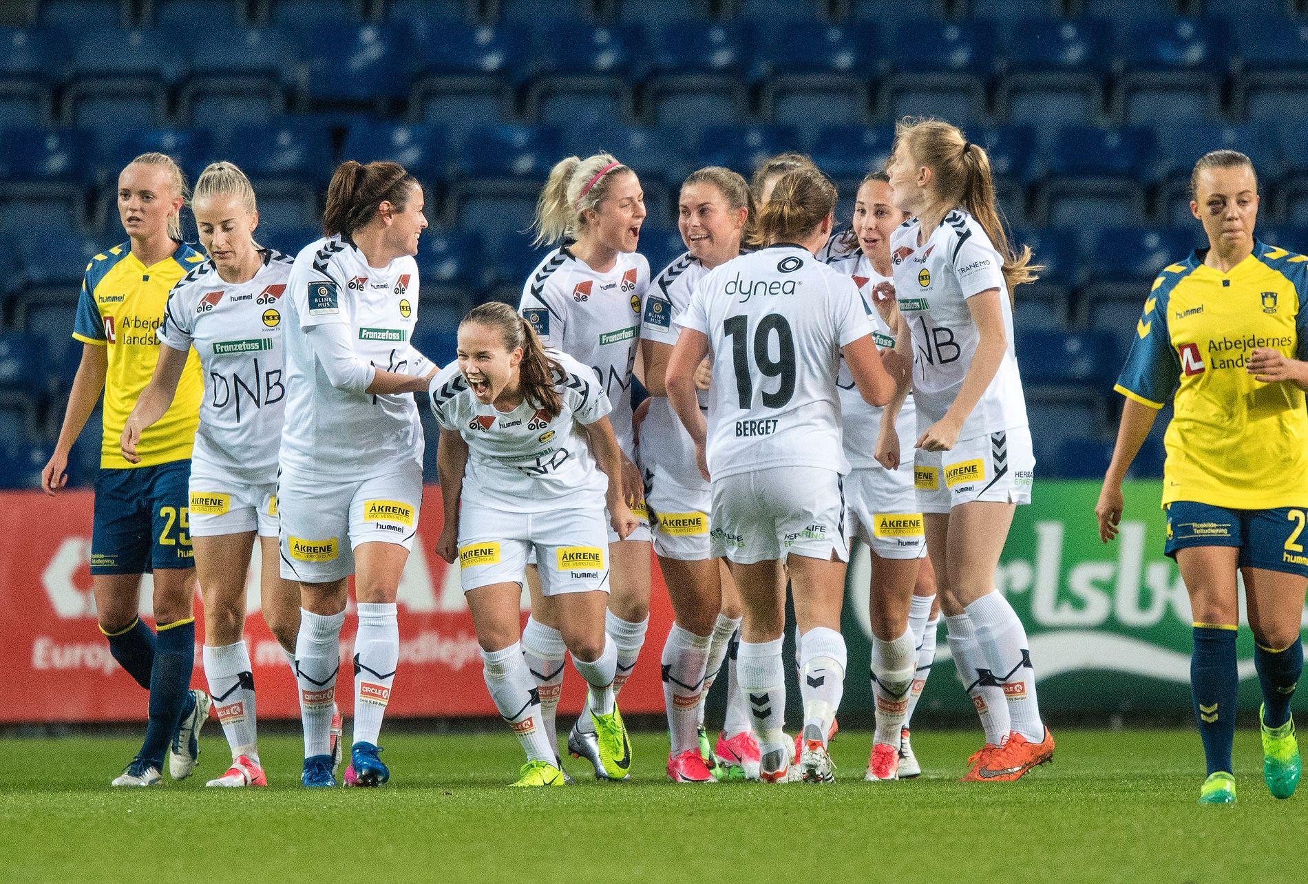 STARTER HJEMME: Det blir engelsk motstand for LSK Kvinner i Champions League. Dette bildet er fra forrige runde mot Brøndby.