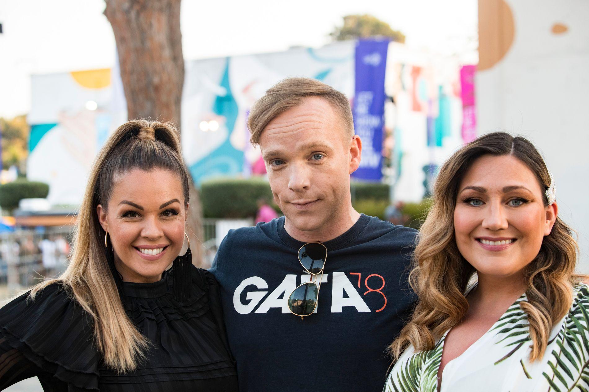 SYNGER MED: KEiiNOs korister i Eurovision, fra venstre: Kine Therese Ludvigsen Fossheim, Frode Vassel og Marianne Pentha.