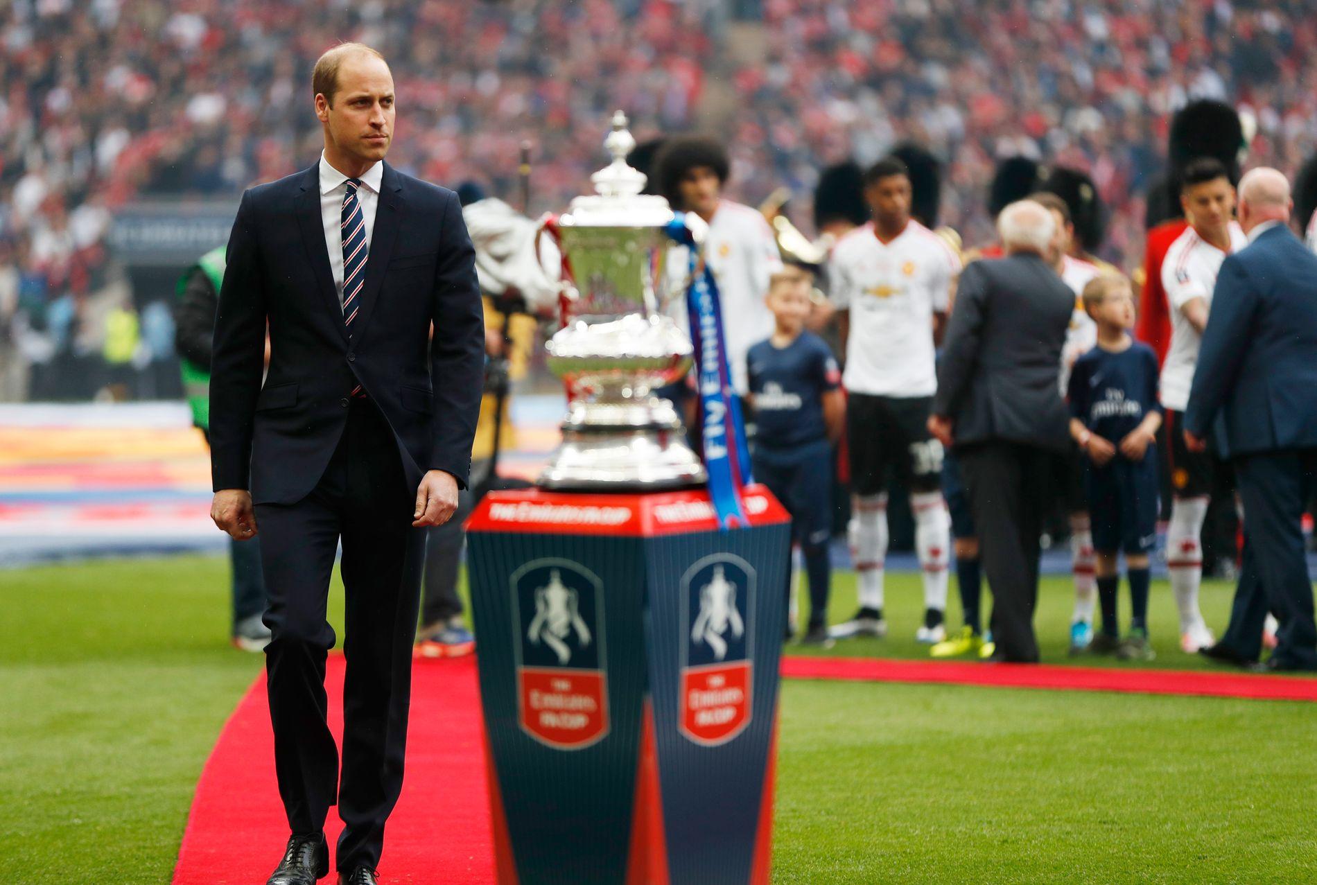 FOTBALLFRELST: Prins William, her fra FA-cupfinalen i 2016.