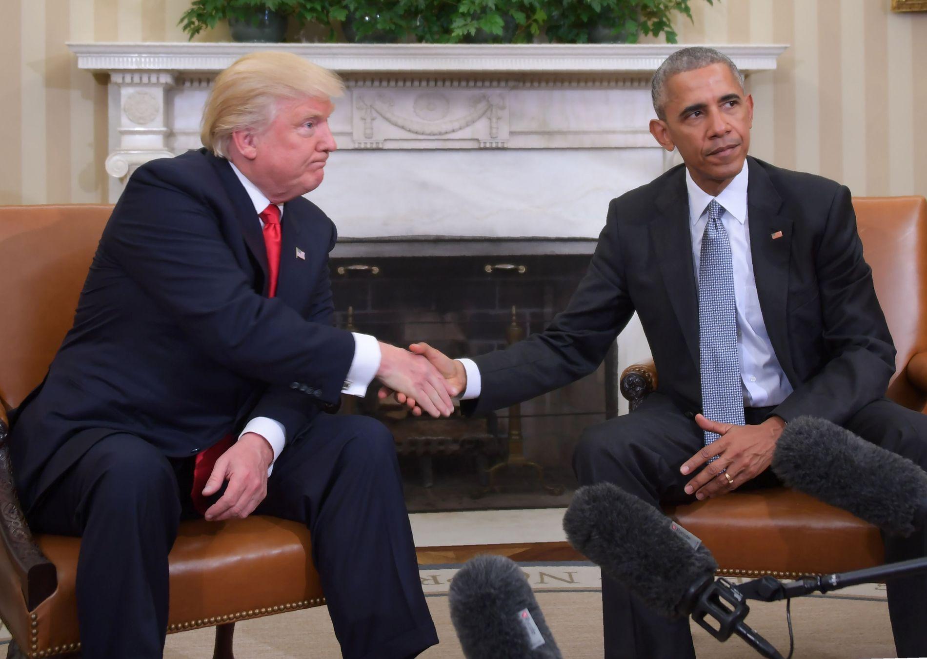 VELOVERVEIDE ORD: Eks-president Barack Obama etterlot seg et 275 ord langt brev til president Donald Trump i det ovale kontor. Nå er brevet offentliggjort av CNN.