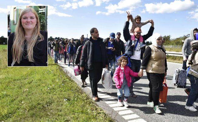 VIL TIL SVERIGE: Mandag begynte syriske flyktninger å gå fra Rødby i Danmark og mot Sverige. Annika Holm Nilsen (innfelt) er én av flere danske som har hjulpet flyktninger over grensa det siste døgnet.